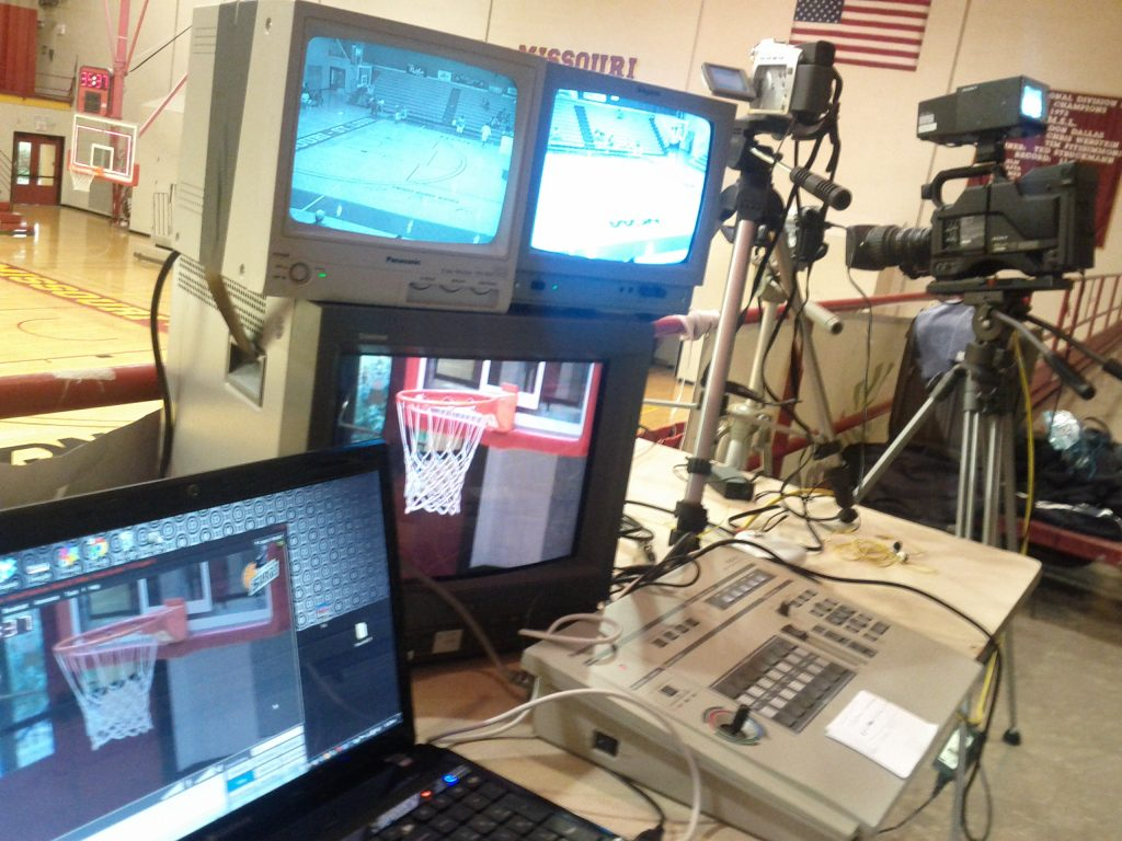 Live Streamer for St. Louis Surge Basketball